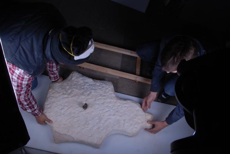 MOVIMIENTO E INSTALACION DE COLECCIONES DE PIEDRA DEL MUSEO DE LA ALHAMBRA 2